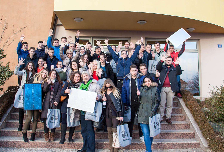 Srednjoškolci građevinske škole Mostar posjetili tvrtku Duga-tehna doo Čitluk, tvornicu boja, lakova i fasada
